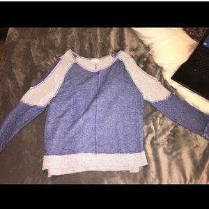 Very cute sweater 😍